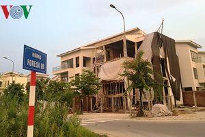 Biệt thự 'khủng' phá vỡ quy hoạch các khu đô thị mới ở Hà Nội