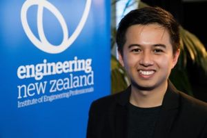 Chàng trai Việt giành giải thưởng sáng tạo cấp quốc gia New Zealand