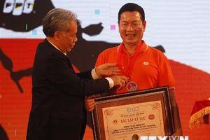 'Hành trình kết nối' với 3.000 người tham gia nhận kỷ lục Việt Nam