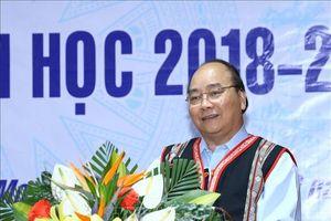 Thủ tướng dự Lễ khai giảng tại Trường Dân tộc nội trú huyện Tu Mơ Rông, tỉnh Kon Tum