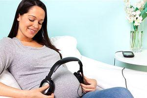 8 điều mẹ bầu nên làm giúp thai nhi phát triển tốt nhất