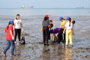 Giúp học sinh trải nghiệm với môi trường