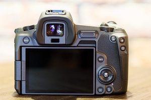 Khám phá máy ảnh và ống kính EOS R vừa ra mắt của Canon