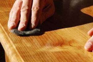 Mẹo loại bỏ vết trầy xước trên sàn gỗ