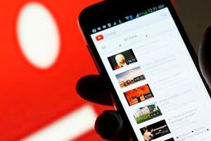 Chế độ 'bóng tối' của YouTube đã hỗ trợ người dùng Android