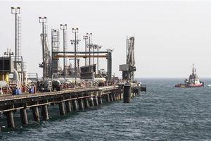 Xuất khẩu dầu thô của Iran sang EU giảm gần 50%