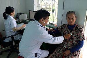 Bộ trưởng Bộ Y tế: 'Không thể xóa bỏ trạm y tế địa phương!'