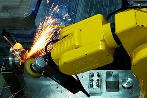 A.K.B robot 6 bậc tự do: 'Quả ngọt' từ đề tài nghiên cứu khoa học thiết thực