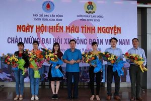 LĐLĐ tỉnh Ninh Bình: Tổ chức Ngày hội công nhân lao động hiến máu tình nguyện