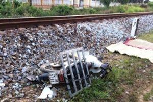 Băng qua đường sắt, một người bị tàu hỏa đâm tử vong