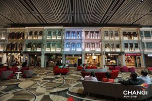 Vào sân bay Changi của Singapore cứ ngỡ là khu nghỉ dưỡng cao cấp