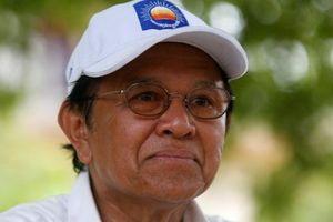 Thủ lĩnh đối lập Campuchia bất ngờ được tại ngoại