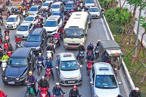 Nhiều hãng taxi nhỏ bắt tay làm 'ông lớn'