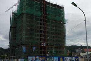 Chuyện lạ Nghệ An: Đường vào rộng 6m, nhưng 'nhét' chung cư 22 tầng