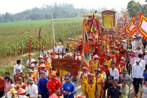 Nghệ An: Lễ hội Đền Quả Sơn được công nhận là Di sản văn hóa phi vật thể Quốc gia.