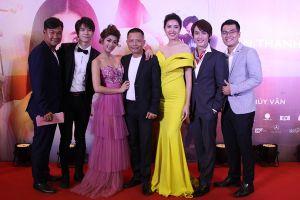 Hoàng Tôn, Phan Thị Mơ đến chúc mừng Thúy Vân ra mắt phim điện ảnh đầu tay