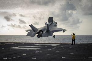 Mỹ điều tàu sân bay chở đầy tiêm kích F-35B áp sát Syria
