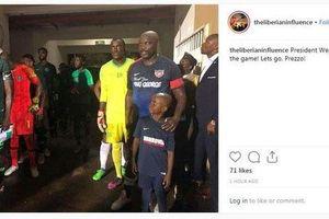 Tổng thống George Weah thi đấu cho đội tuyển Liberia ở tuổi 51