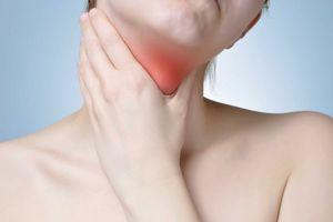 Phụ nữ dễ mắc bệnh tuyến giáp hơn nam giới 3-10 lần
