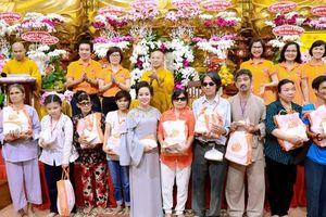 Tập đoàn TLM 'trao tặng yêu thương' cho 800 người khiếm thị
