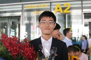 MIT mở rộng cửa đón chào 2 tài năng Việt từng đoạt HCV Olympic Quốc tế