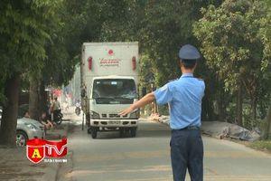 Chặn bắt xe quá tải trốn phí BOT qua huyện Gia Lâm