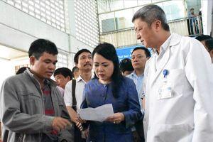 Bệnh viện thành tập đoàn, lợi-hại thế nào?