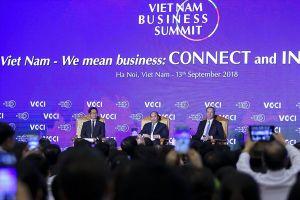 Thủ tướng Nguyễn Xuân Phúc: Các nhà đầu tư nước ngoài hãy 'đặt niềm tin nhiều hơn vào năng lực của doanh nghiệp Việt Nam'