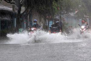 Chiều nay, bão số 5 suy yếu thành ATNĐ