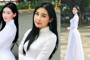 Mặc áo dài trắng nuột nà, Lê Âu Ngân Anh được khen như học sinh cấp 3