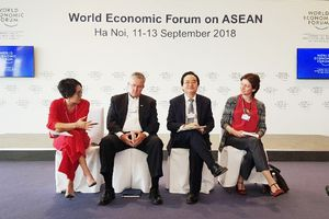 Bộ trưởng Phùng Xuân Nhạ tham dự tọa đàm 'Xây dựng tri thức số trong ASEAN'