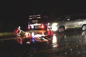 Xe máy va chạm với xe khách, hai thanh niên tử vong tại chỗ