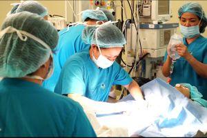 Phẫu thuật cắt bỏ khối u gan cho bệnh nhi mà không cần truyền máu