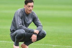 Chưa gặp Newcastle, Ozil đã gửi thông điệp 'đanh thép'
