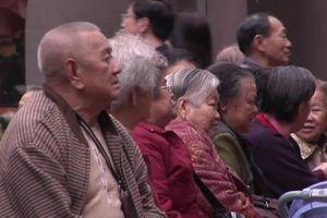 Hong Kong (Trung Quốc) cần nhập khẩu lao động để chăm sóc người già