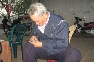 Người khắc bút cuối cùng đất Hà thành