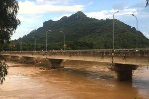 Cấm ô tô, xe súc vật kéo lưu thông qua cầu La Hán để tiến hành sửa chữa