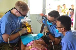 'Thiên thần Thái Bình Dương' khám bệnh cho người nghèo Quảng Nam