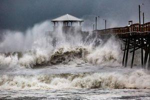 'Quái vật' Florence có thể là cơn bão 'đắt giá' nhất trong lịch sử Mỹ