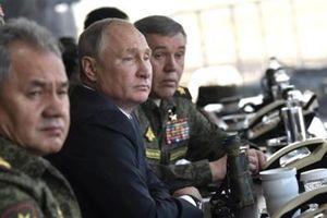 Vostok-2018: Vì sao Nga phô diễn sức mạnh?