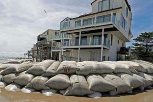 Vì sao nhiều người dân Mỹ cố thủ tại nhà bất chấp siêu bão?