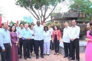 Đoàn đại biểu Đảng, Nhà nước Cuba thăm các di tích lịch sử cách mạng tại Quảng Trị