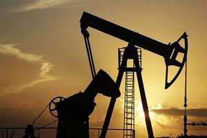 Giá dầu thế giới giảm mạnh nhất trong vòng gần một tháng