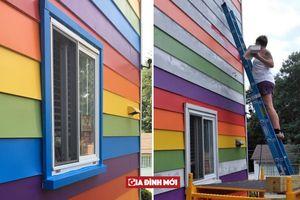 Cặp đôi đồng tính nữ sơn nhà màu cầu vồng để 'đáp trả' sự kỳ thị của hàng xóm