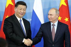 Chất xúc tác cho 'mối tình nồng' giữa Nga và Trung Quốc