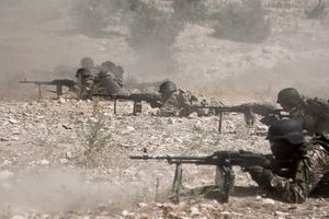 Bên lề Ildib, bùng lên chảo lửa đông Syria