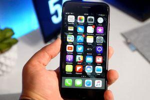Apple giảm giá hàng loạt iPhone, Apple Watch tân trang