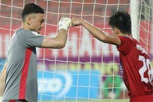 CLB Cần Thơ vẫn đứng cuối bảng sau khi thua ngược 1-2 trước Quảng Nam