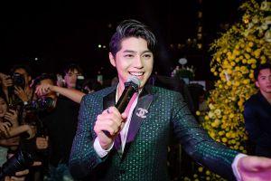 Hậu 'The Voice', Noo Phước Thịnh toát mồ hôi vì sự cuồng nhiệt của fan