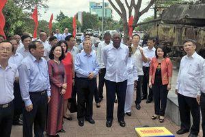 Lễ kỷ niệm 45 năm ngày Lãnh tụ Cuba Fidel Castro đến thăm vùng giải phóng miền Nam Việt Nam